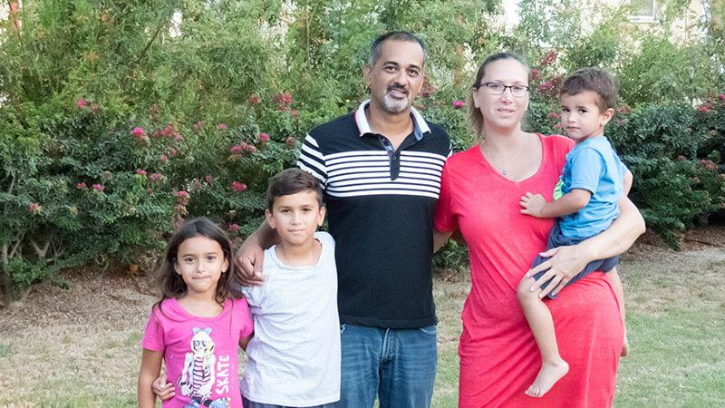 משפחות-נקלטות-בקיבוץ-נחל-עוז